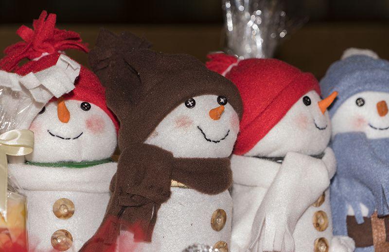 Snjegovići
